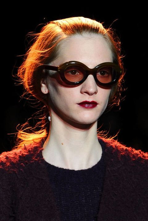 ROCHAS FALL 2012 RTW BEAUTY 002