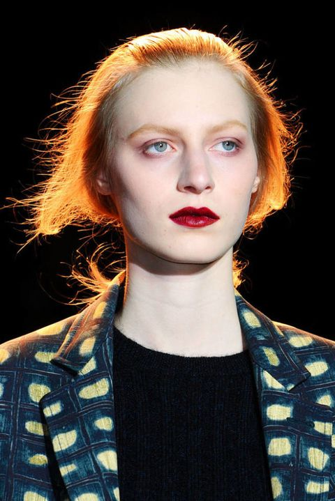 ROCHAS FALL 2012 RTW BEAUTY 001