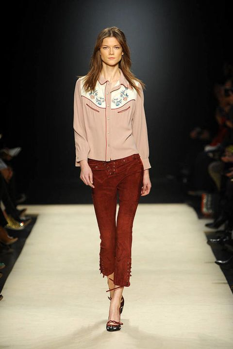 Isabel marant FALL 2012 RTW podium 003