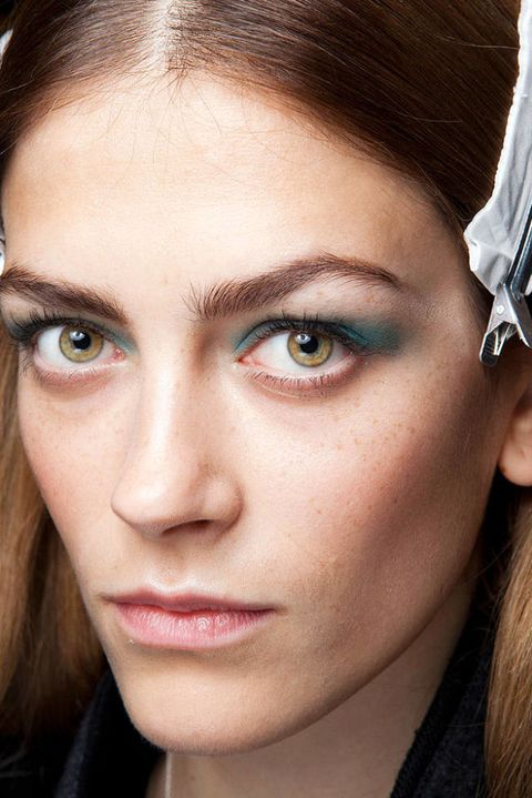 AKRIS FALL 2012 RTW BEAUTY 002