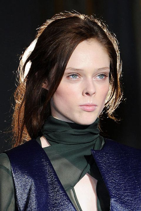 ANNE VALERIE HASH FALL 2012 RTW BEAUTY 002