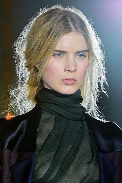 ANNE VALERIE HASH FALL 2012 RTW BEAUTY 001
