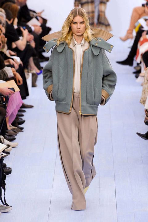 CHLOE FALL 2012 RTW PODIUM 002