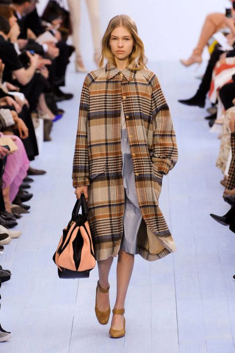 CHLOE FALL 2012 RTW PODIUM 003