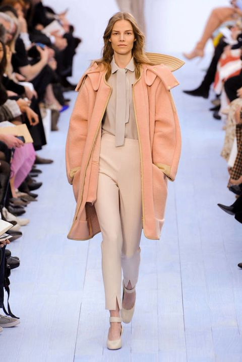 CHLOE FALL 2012 RTW PODIUM 001
