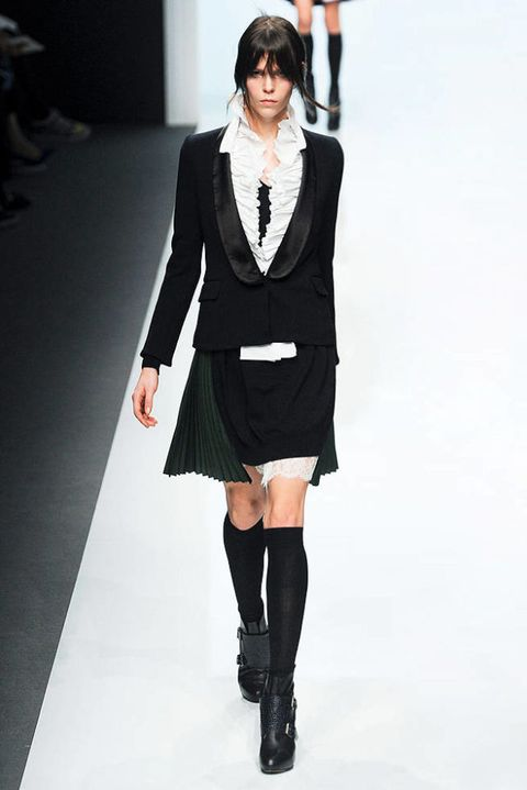 SACAI FALL 2012 RTW PODIUM 002