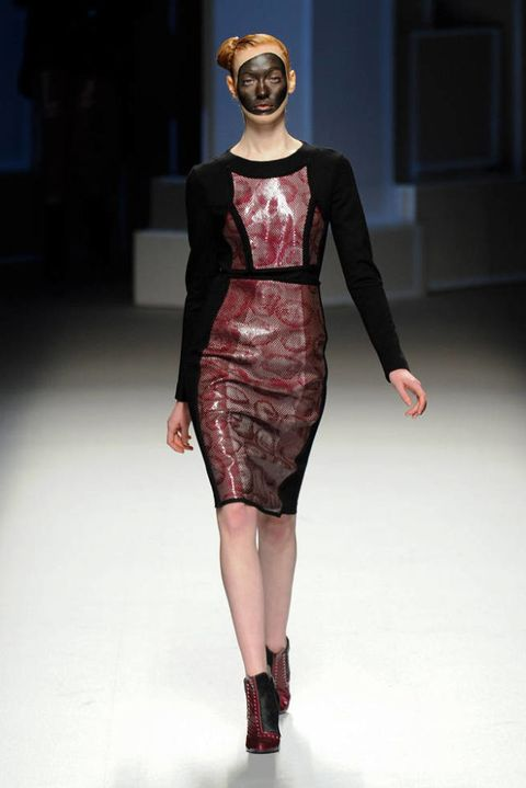 LIE SANG BONG FALL 2012 RTW PODIUM 002