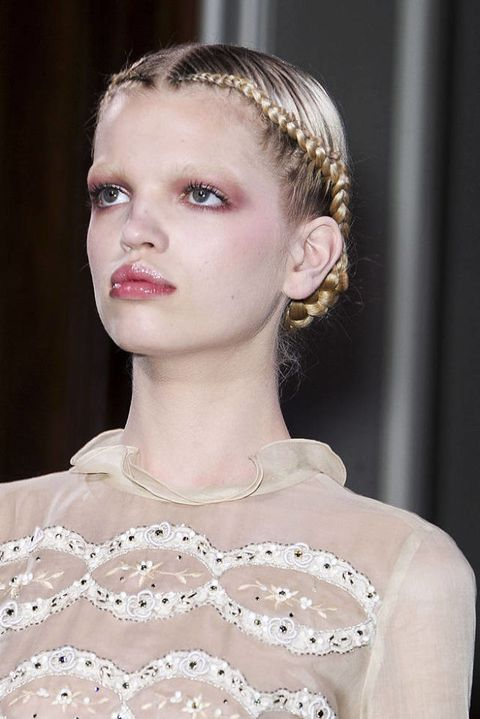 VALENTINO SPRING 2011 HAUTE COUTURE BEAUTY 002