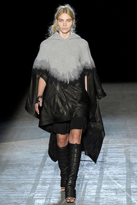 ALEXANDER WANG FALL 2011 RTW PODIUM 003