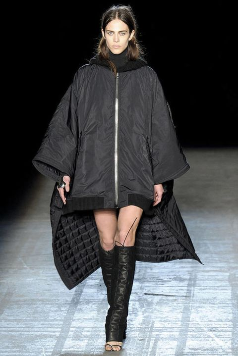 ALEXANDER WANG FALL 2011 RTW PODIUM 001