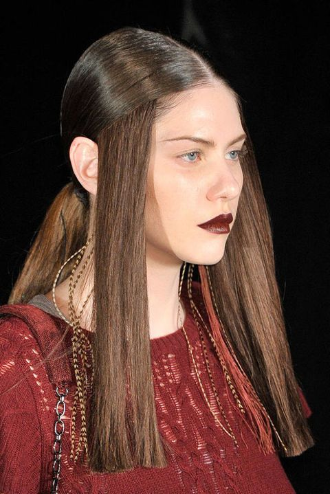 THEYSKENS THEORY FALL 2011 RTW BEAUTY 002