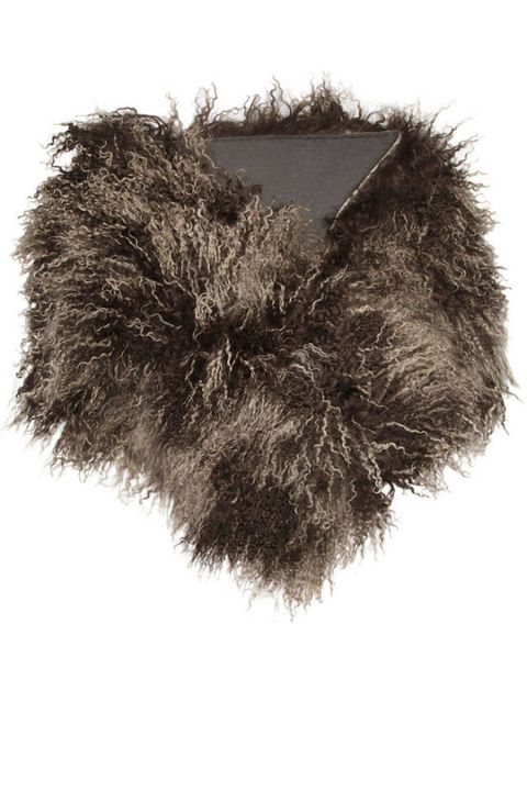 Costume accessory, Natural material, Fur, Monochrome, Monochrome photography, Animal product,
