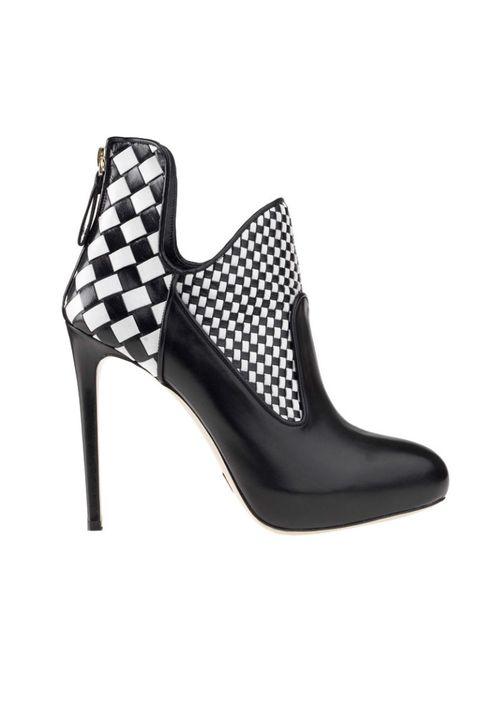 Footwear, Product, White, Style, High heels, Black, Pattern, Sandal, Grey, Basic pump,