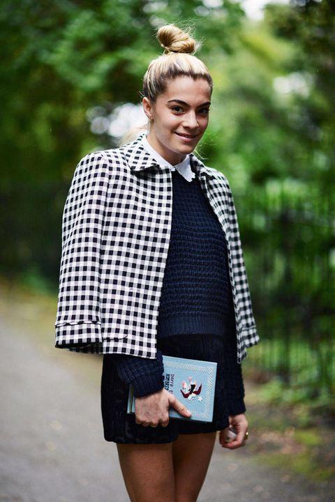 Clothing, Sleeve, Collar, Textile, Plaid, Outerwear, Pattern, Style, Tartan, Street fashion,