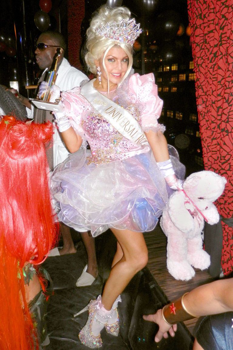 fergie as child pageant queen for halloween  sc 1 st  Elle & Celebrity Halloween Costume Ideas 2012 - Womens Halloween Costume Ideas