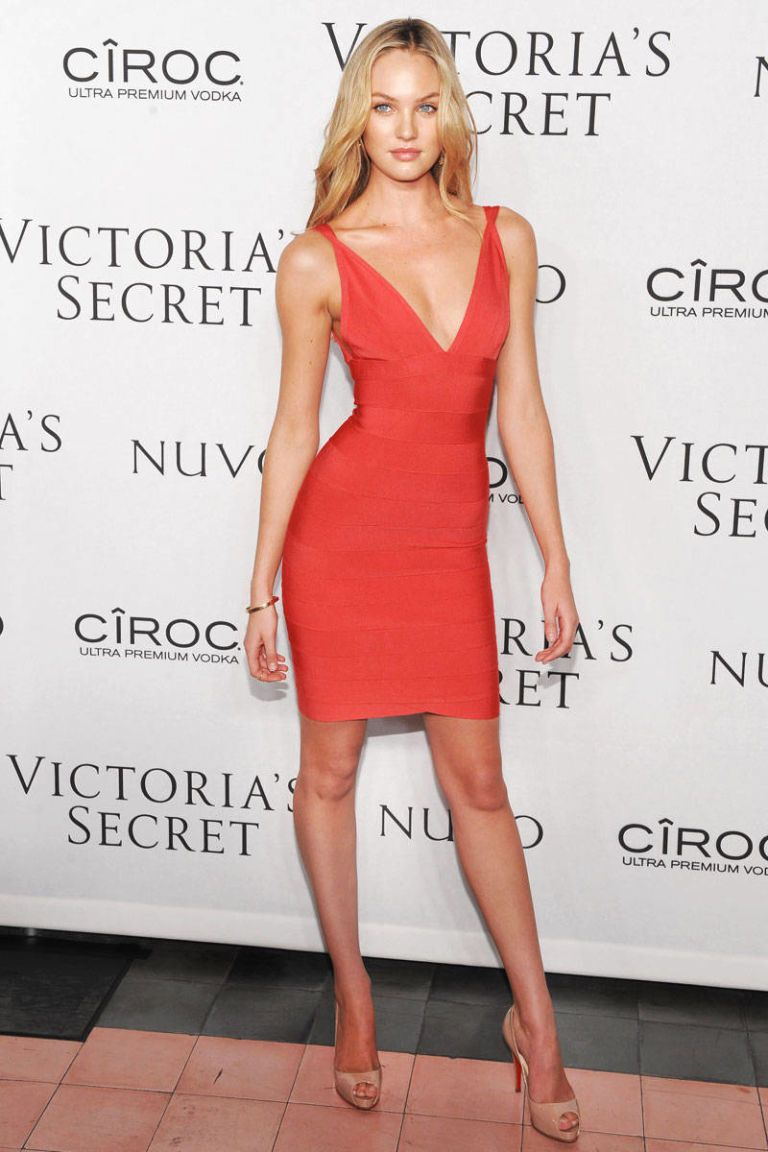 59adb27ae941 Candice Swanepoel Style and Birthday - Candice Swanepoel s Best Looks
