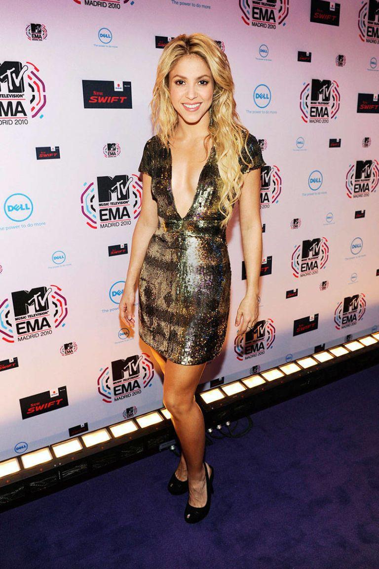 Shakira\'s Style - Fashion Pictures of Shakira