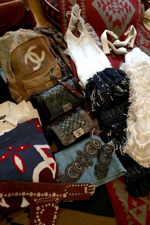 Costume accessory, Bag, Embellishment, Home accessories, Lace, Motif, Cushion, Craft,