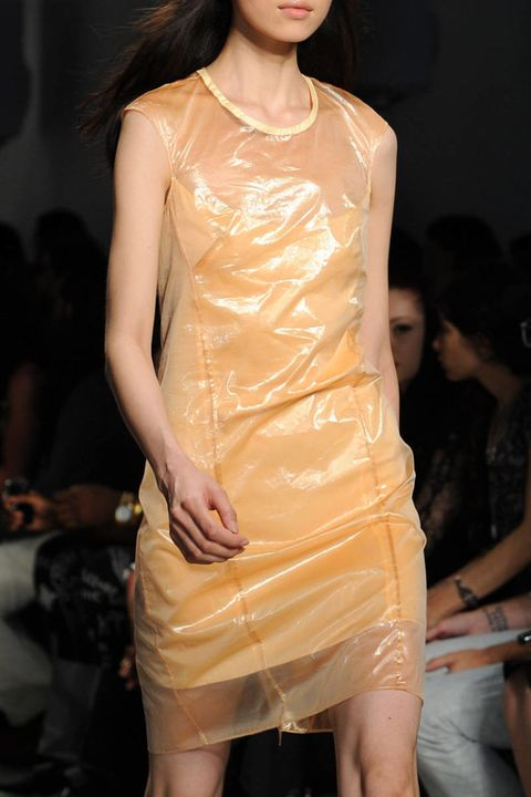 Helmut Lang Spring 2013 Ready-to-Wear Photos