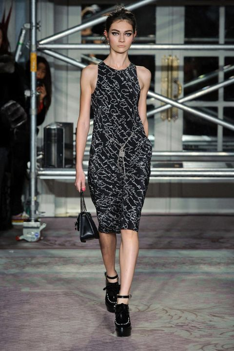 moschino cheap and chic fall 2013 ready-to-wear photos