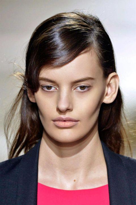 Mouth, Lip, Cheek, Hairstyle, Skin, Chin, Forehead, Eyebrow, Eyelash, Style,