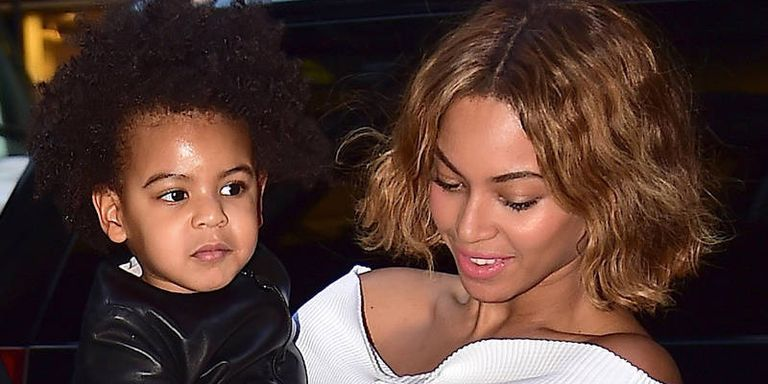 Blue Ivy Adorably Photobombs Beyonce's Photoshoot