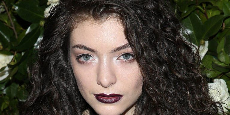 Lorde Collaborating With M.A.C on Makeup Collection