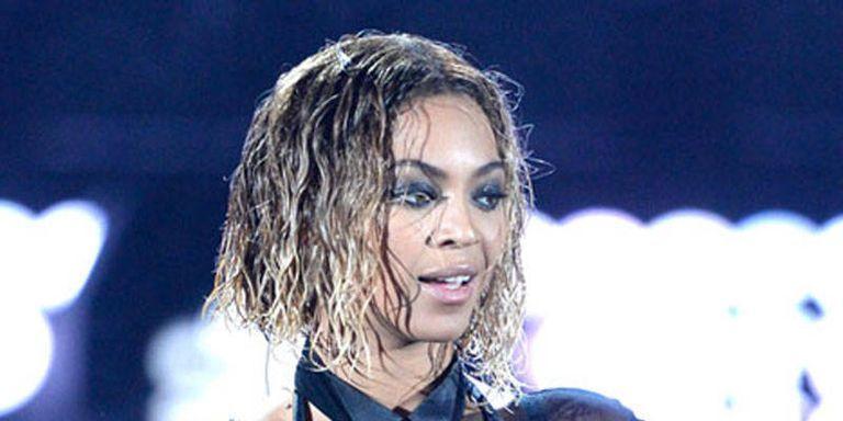 bell hooks Accuses Beyoncé of Being an Anti-Feminist Terrorist