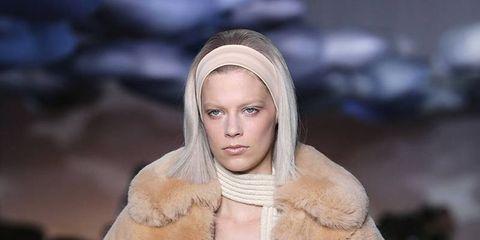 Winter, Textile, Fashion model, Fashion show, Street fashion, Fashion, Costume design, Fur, Beige, Fur clothing,