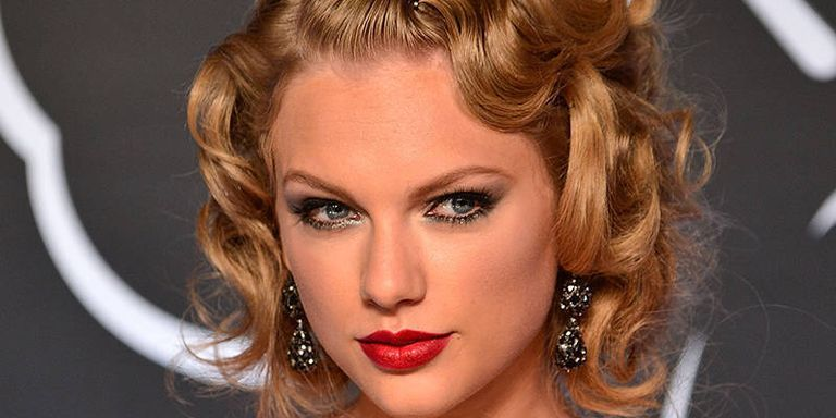 Taylor Swift Has Predictably Taylor Swiftian Stance on Nudity