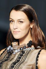 Elena miro SPRING 2012 RTW beauty 002