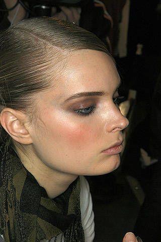 Head, Lip, Cheek, Hairstyle, Forehead, Eyebrow, Eyelash, Style, Eye shadow, Organ,