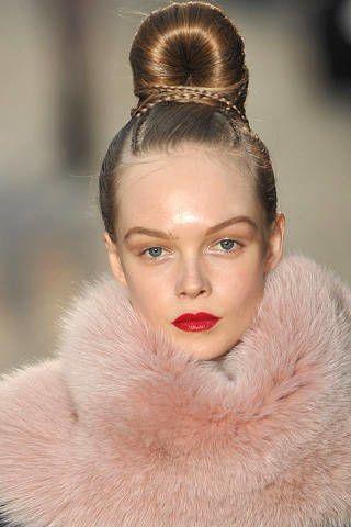 Head, Ear, Lip, Hairstyle, Skin, Forehead, Eyebrow, Eyelash, Textile, Style,