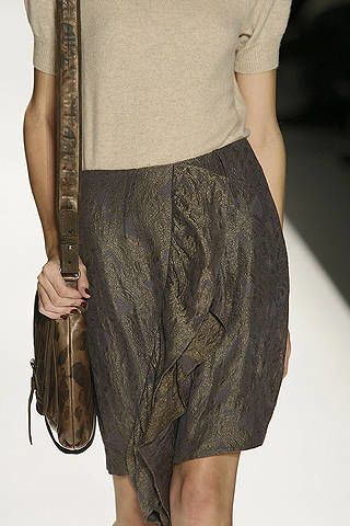 Brown, Shoulder, Textile, Joint, Style, Khaki, Waist, Fashion, Black, Pattern,