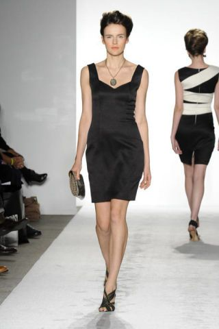 Clothing, Footwear, Leg, Human leg, Human body, Shoulder, Dress, Fashion show, Joint, Waist,