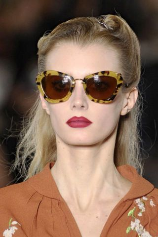MIU MIU FALL RTW 2011 BEAUTY 002