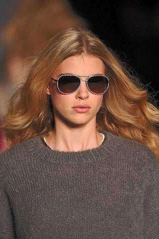 Clothing, Eyewear, Glasses, Vision care, Lip, Hairstyle, Sleeve, Sunglasses, Chin, Style,