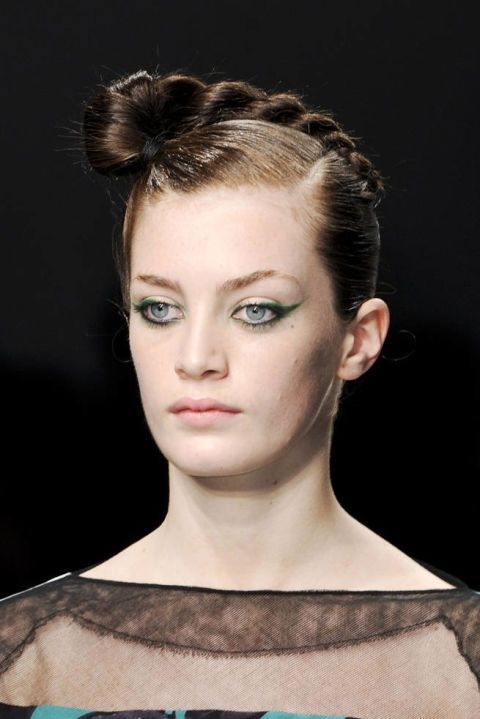 ANTONIO MARRAS SPRING 2012 RTW BEAUTY 002