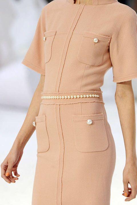 Chanel SPRING 2012 RTW DETAILS 002