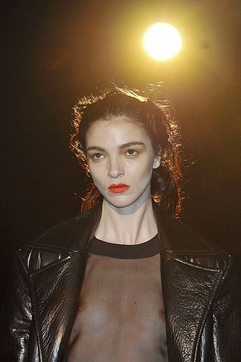 Hakaan FALL 2011 RTW beauty 001