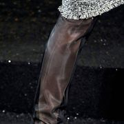 CHANEL FALL 2011 HAUTE COUTURE DETAIL 001