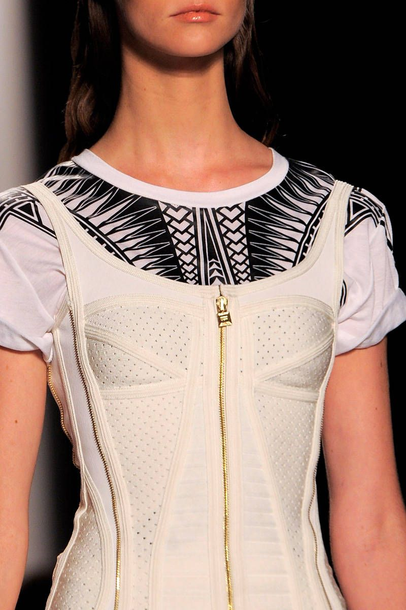 herve leger by max azria spring 2014 ready-to-wear photos