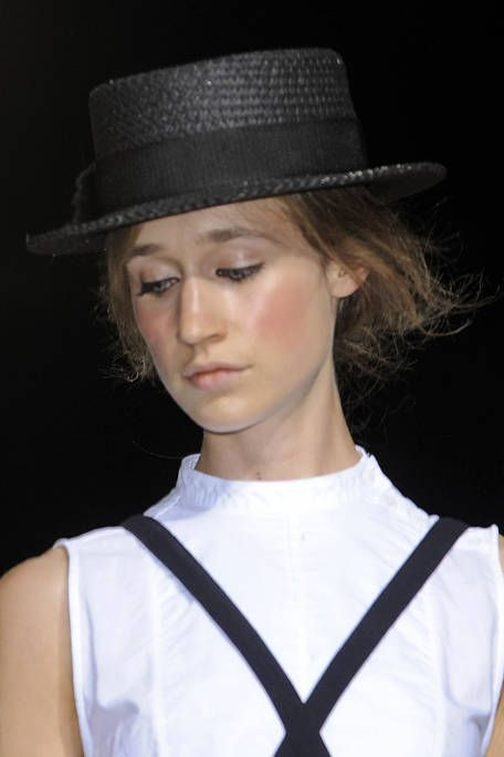 BOY AND GIRL SPRING 2012 RTW BEAUTY 002