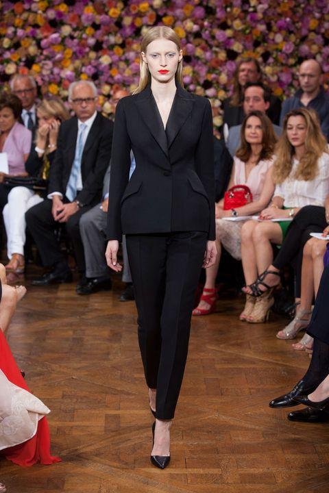Christian Dior Fall 2012 Haute Couture Photos