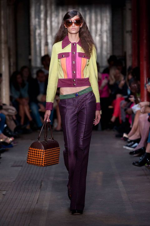 moschino cheap and chic spring 2013 ready-to-wear photos
