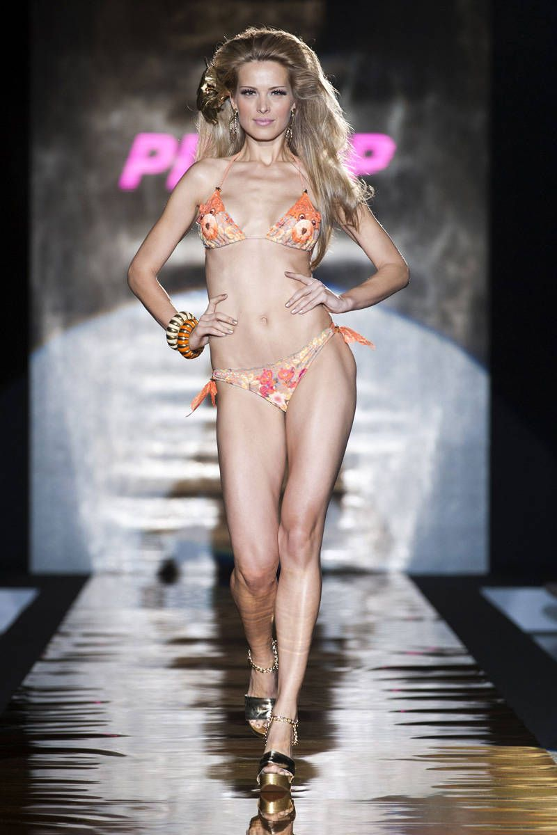 pin up stars spring 2013 ready-to-wear photos