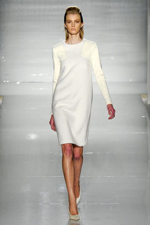 MAX MARA FALL 2011 RTW PODIUM 003