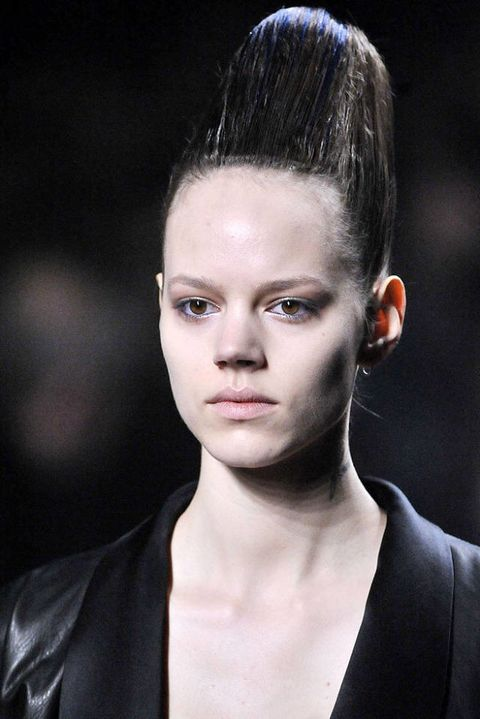 Haider ackermann FALL 2011 RTW beauty 002