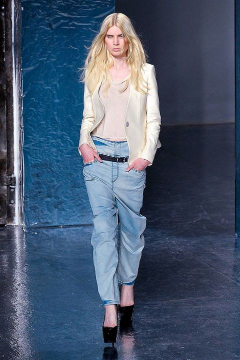 THEYSKENS THEORY SPRING 2012 RTW PODIUM 002