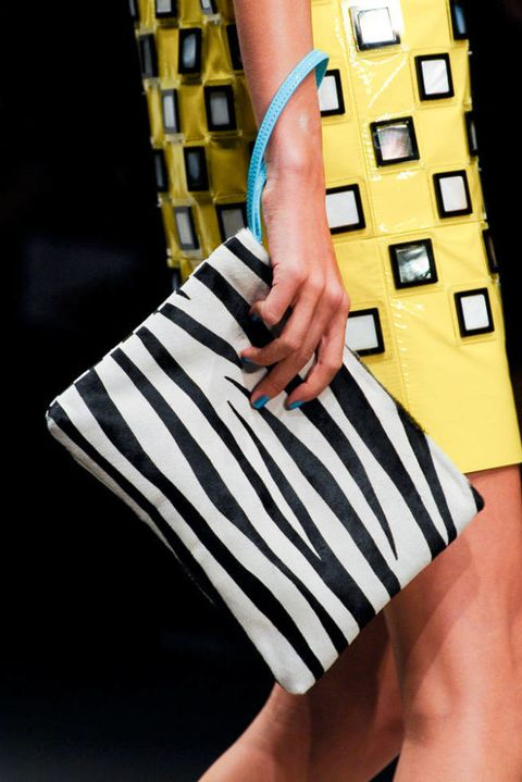 HOLLY FULTON SPRING 2012 RTW DETAIL 002